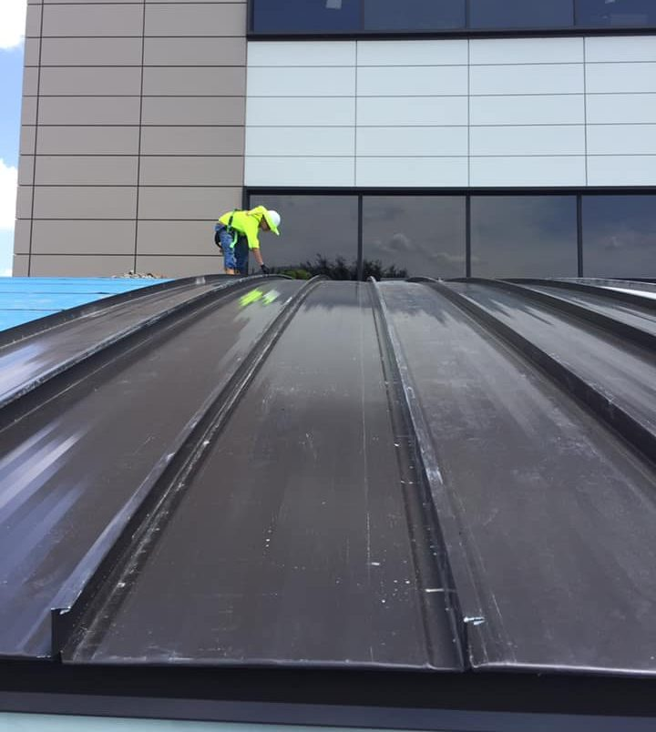 Roof. Roofing, Roof Repair, Best Contracting Services, Flat Roof, Metal Roofing, Commercial Roofing